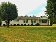 860 Country Lane Mocksville NC, 27028