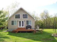 15 Breezy Way Crown Point NY, 12928