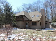 26 State Park Dr Gouldsboro PA, 18424