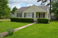 526 Lakeview Avenue Mccomb MS, 39648