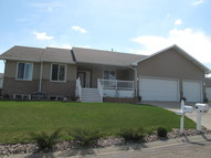 1548 Sw Cook Drive Minot ND, 58701