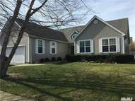 133 Ardmore Ave Melville NY, 11747