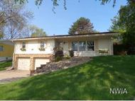 3709 Pawnee Place Sioux City IA, 51104