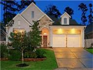 27 Tapestry Forest The Woodlands TX, 77381