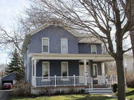 207 S 8th St Watertown WI, 53094