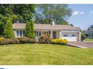 121 Valley Dr Churchville PA, 18966