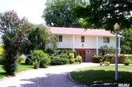 26 Meadow Rue Ln East Northport NY, 11731
