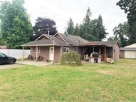 33968 Columbia Ave Scappoose OR, 97056