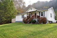 43 Daffodil Court Pineville WV, 24874