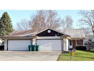 2718 W Parkmoor Ct Grand Chute WI, 54914
