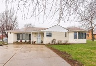 4203 Old Lakeport Rd Sioux City IA, 51106