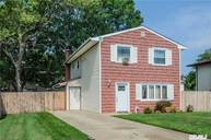 60 Lincoln Ave Deer Park NY, 11729