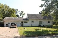 1027 West Chestnut Street Independence KS, 67301