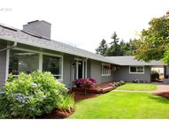 1975 Sunrise Blvd Eugene OR, 97405