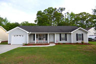 1749 Country Drive Castle Hayne NC, 28429