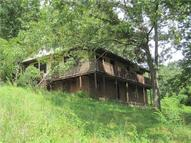 18 Sprout Lane Harts WV, 25524