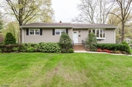 42 Surrey Ln Berkeley Heights NJ, 07922