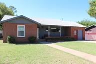 501 North 17th Lamesa TX, 79331