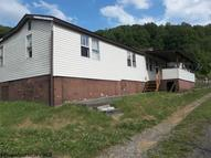 121 1/2 Oak Street Street Weston WV, 26452