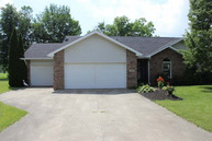 720 Gillcrest Albany IN, 47320