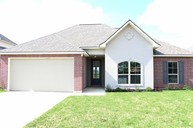 311 Forest Grove Youngsville LA, 70592