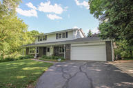 N71w25977 Camelot Ct Sussex WI, 53089
