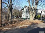 51 Van Nostrand Ave Great Neck NY, 11024