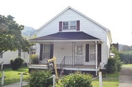 1120 Maple Street Paintsville KY, 41240