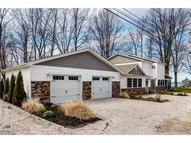 6209 Oakwood Beach Dr Ashtabula OH, 44004