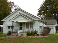809 W Maple Columbus KS, 66725