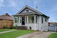 4410 37th Ave Sw Seattle WA, 98126