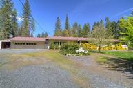 2972 Pleasant Creek Rd Rogue River OR, 97537