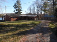 168 Pine Creek (Webb Private Dr) Rd Oneida TN, 37841