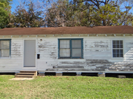 280 N. 2nd Beaumont TX, 77702