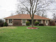 1667 South Oak Drive Aurora MO, 65605