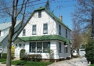 25 Prospect St Williston Park NY, 11596