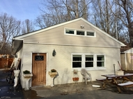 32-A Legion Rd Oak Ridge NJ, 07438