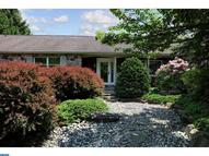 219 E Dark Hollow Rd Pipersville PA, 18947