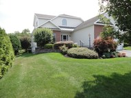 6 Guilder Ct Loudonville NY, 12211