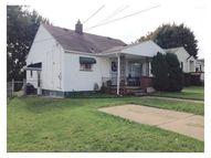 1026 Rose Avenue New Castle PA, 16101
