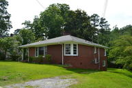 403 Simmons Avenue Williamston NC, 27892