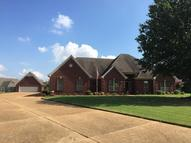 2555 Dickens Place Cove Southaven MS, 38672