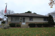 8123 W Lynmar Trl Milwaukee WI, 53222