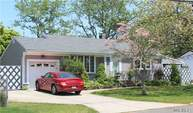 47 Hewes St Brentwood NY, 11717