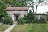 23 Lincoln St Roseland NJ, 07068