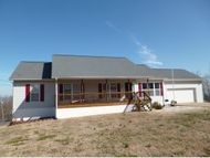 535 Fellers Cove Mosheim TN, 37818