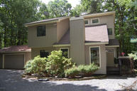 805 Stetson Court Lords Valley PA, 18428