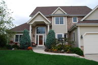 W233n7320 Flagstone Ct Sussex WI, 53089