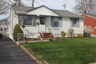 671 W Meadow Ave Rahway NJ, 07065
