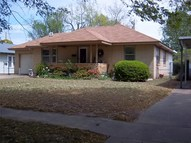 518 S 6th Street Okemah OK, 74859